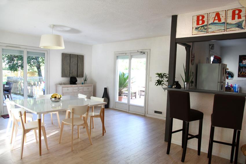 Belle et grande maison familiale for Cuisine semi ouverte 10m2
